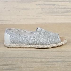 Toms Slip On Flats Women's Size 7.5